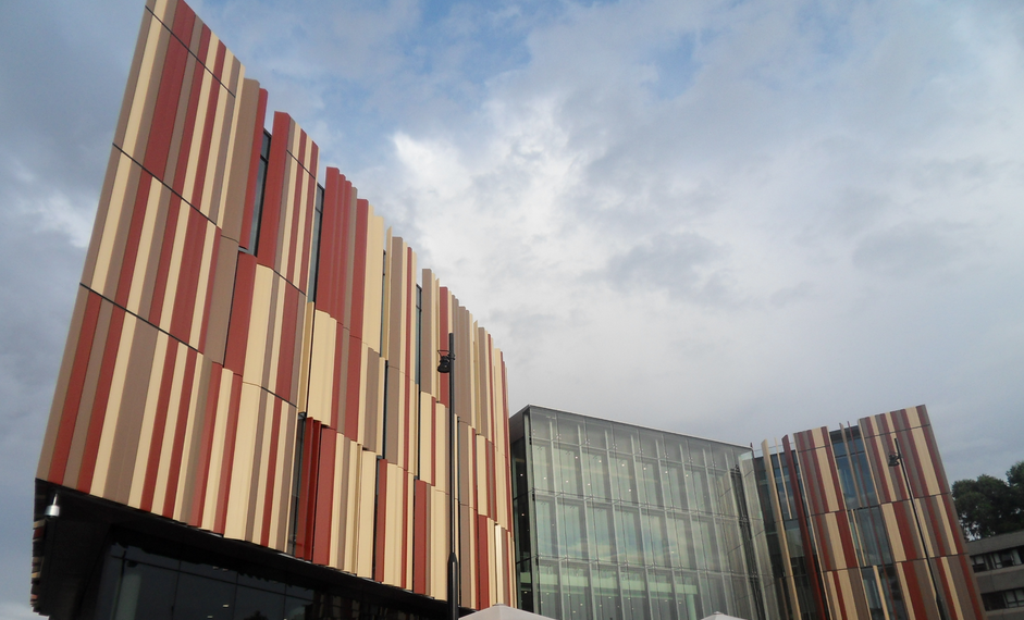 Fears Macquarie University moves on student union could spread