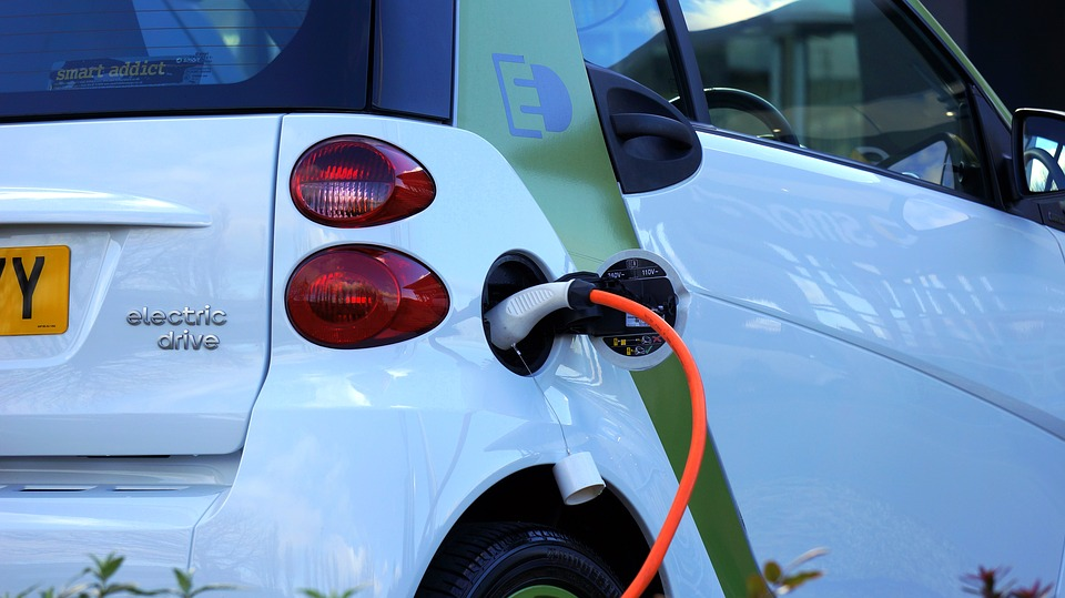 Aust in slow lane to adopt electric cars: Report