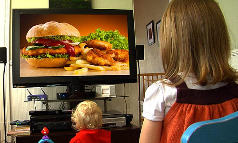 Junk food ads driving factor in child obesity, new study finds