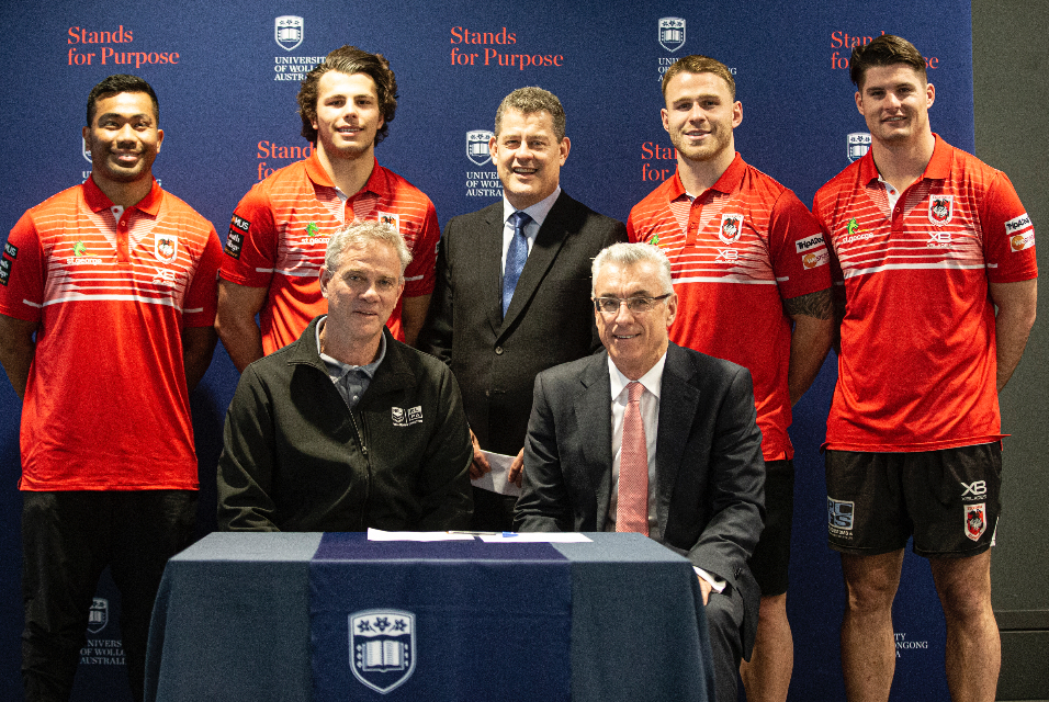 UOW, NRL renew student mentor program