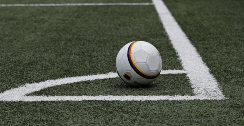 Podcast, South Coast football teams raise money for mental health services
