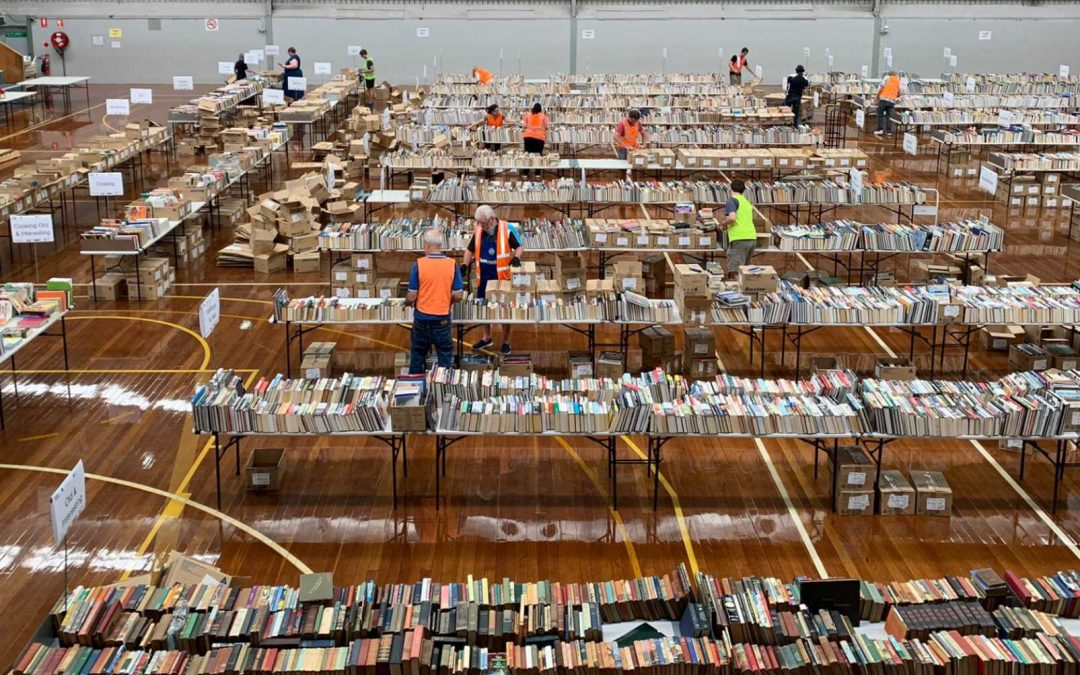 Lifeline's book fair returns to Illawarra after COVID pause