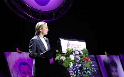 Over 900 people attend the Illawarra's annual International Women's Day Luncheon to celebrate women